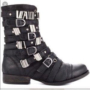 Steve Madden Tyrantt black leather boot